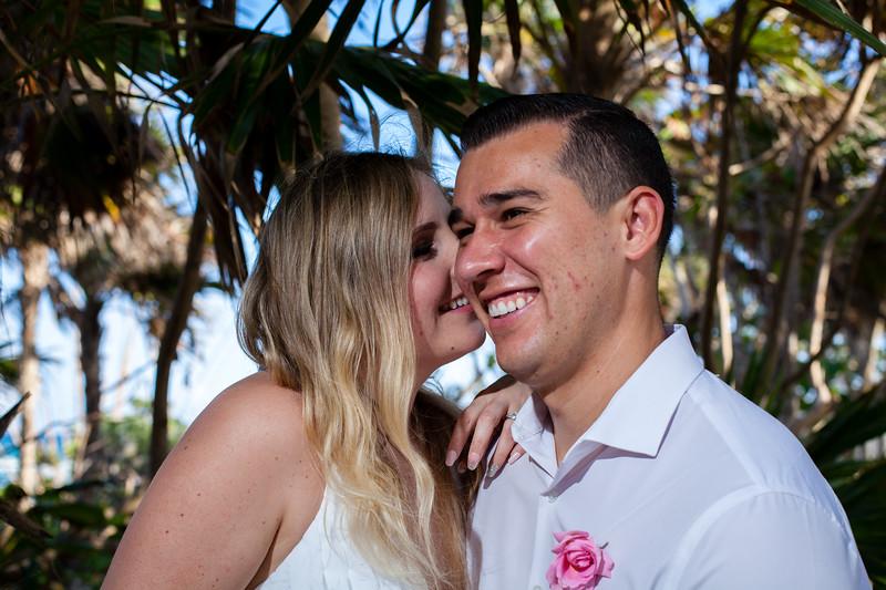 Nicole&Nicholas-209.jpg