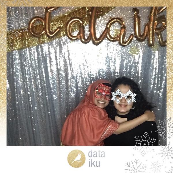 Dataiku_Holiday_Party_photo_58.jpeg
