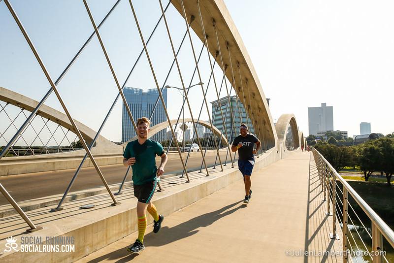 Fort Worth-Social Running_917-0193.jpg