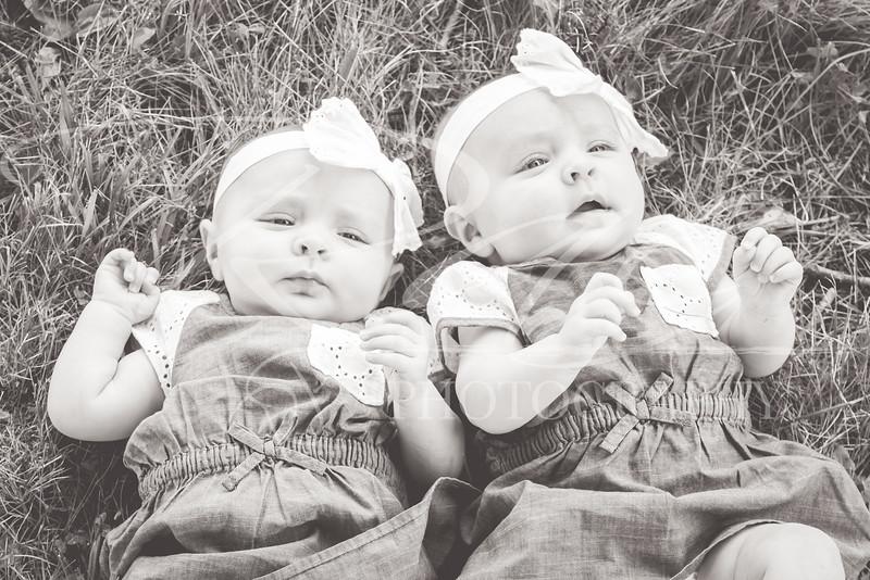Twins3Months-103.JPG