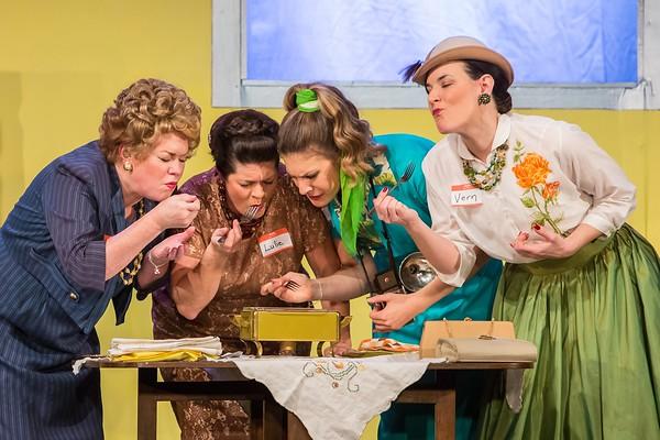 2014-5 Lesbians Eating a Quiche