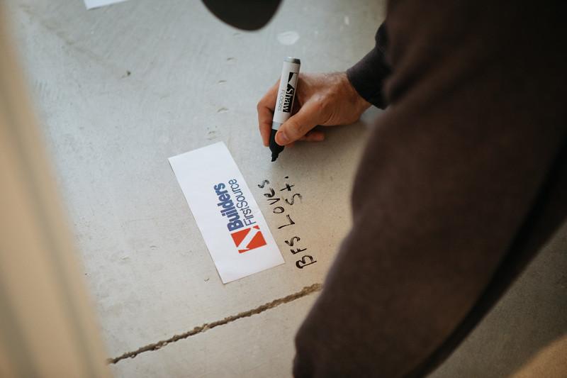 floor_signing_stjude-28.jpg