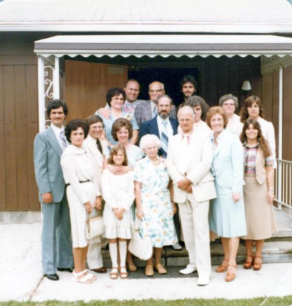 1970s Lu, Ben, Tony, Kurt, Kevin, Eileen, Marvin, Jan, Lloyd, Sandy Wilma, Vicky, Wendy Florence, Doc, Viv, Diane.jpeg