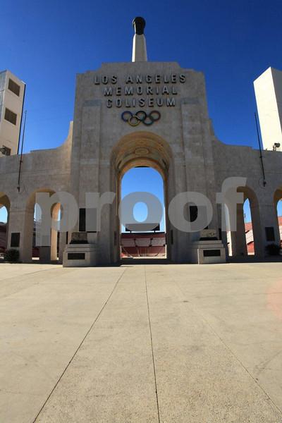 LA Memorial Coliseum 5333.jpg