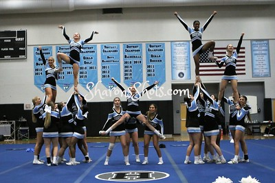 Hagerty Varsity Large All Girl