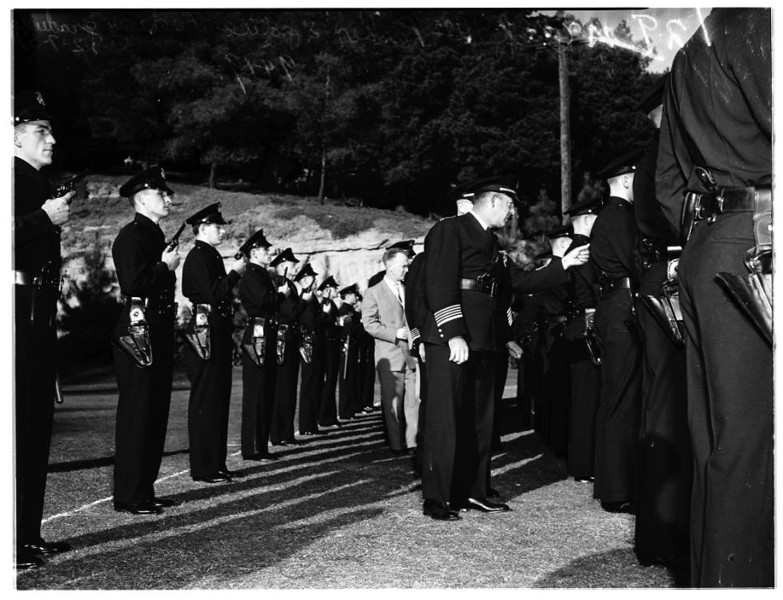 Los_Angeles_Police_Academy_Graduation_1951.jpg
