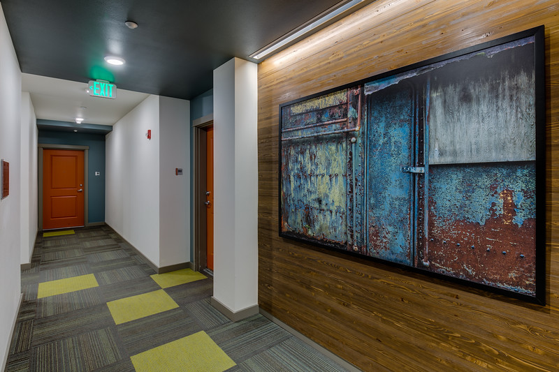 Corridor-IMG_0880_enf.jpg