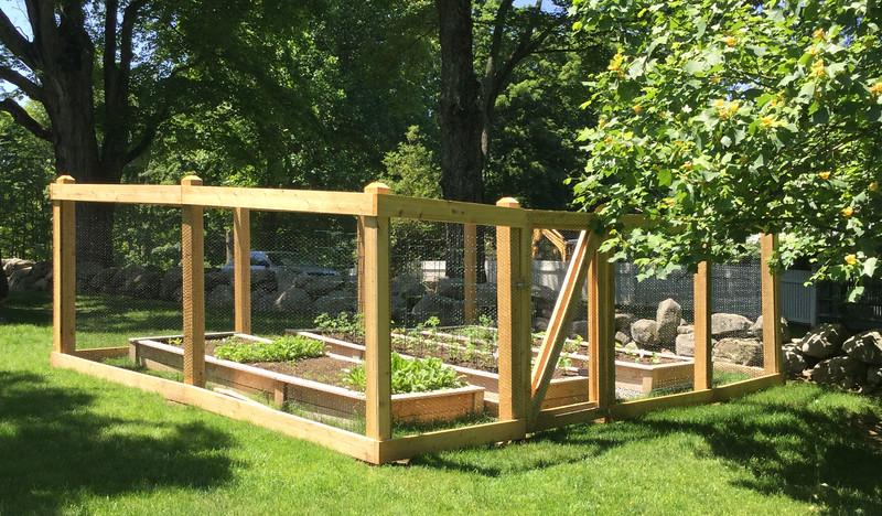 185 - 534914 - New Canaan CT - Garden Enclosure