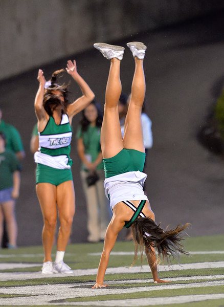 cheerleaders1091.jpg