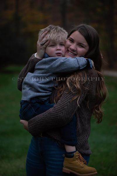 2019 November Ellis Family-111-2-15.jpg