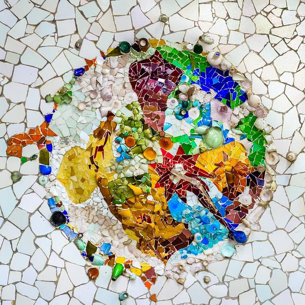Gaudi-tiles-5.jpg