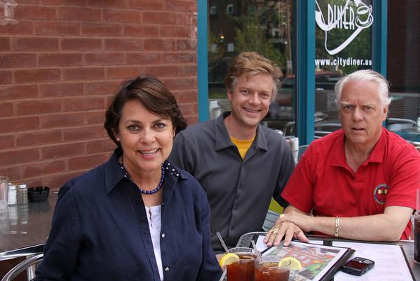 Marilyn and Jim Wilson visiting St Louis, Mo April 23, 2009
