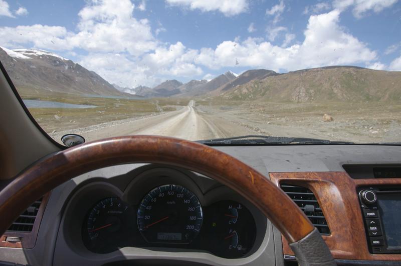 Na cestě k dolu Kumtor