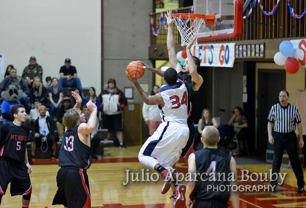 130119 SWOCC Men Basketball vs Mt Hood CC