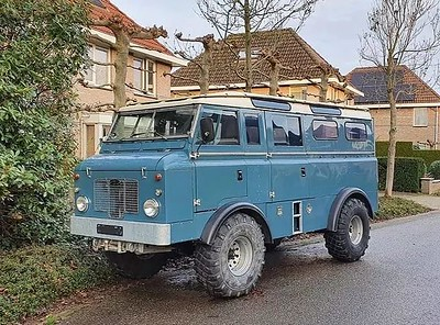 Old land rovers