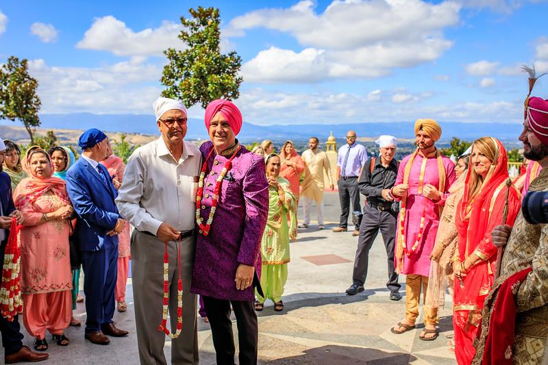 Neelam_and_Matt_Gurdwara_Wedding-1253.jpg