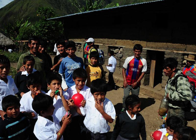 PEU_9253-7x4-San Bartolome-Students.jpg