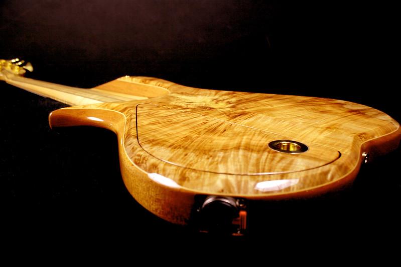 #015 Barbary 5 String Bass