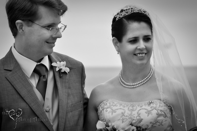Wedding - Laura and Sean - D90-1267.jpg