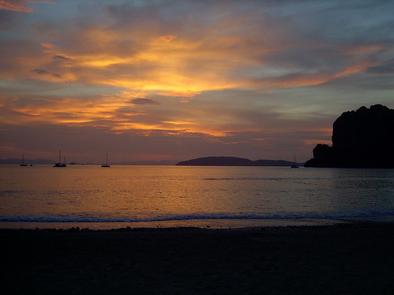 Gorgeous sky from Railay Bay