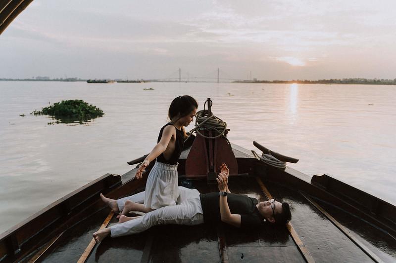 Tu Nguyen Wedding Mekong River Elopement Can Tho  - Southern Vietnam 79.jpg