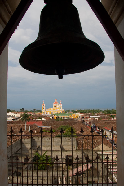 the-view-from-iglesia-de-merced-granada_4669624880_o.jpg