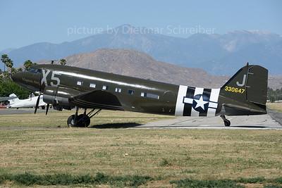 N62CC Douglas DC3