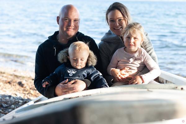Kenneth og Vibeke med ungerne