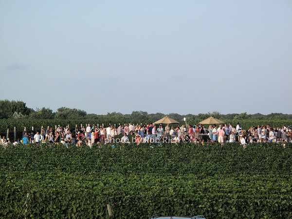 Friday nite scene @ Wolffer Estate in Sagaponack 8-30-13. all photos by Rob Rich © 2013 robwayne1@aol.com 516-676-3939