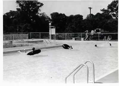 Genuardi Pool