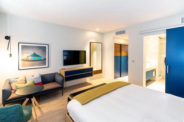 Hotel SLO-Room