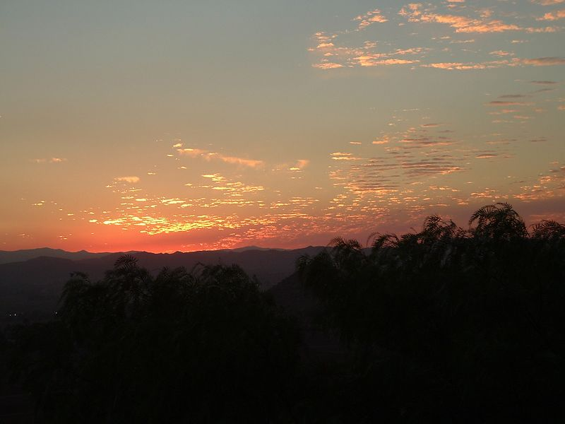 Sunset -- 23 Sep 2004
