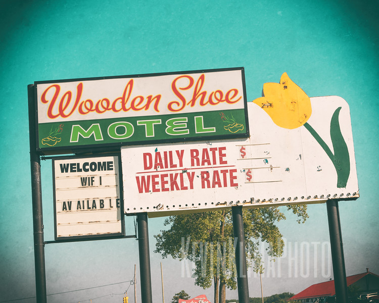 Wooden Shoe Motel