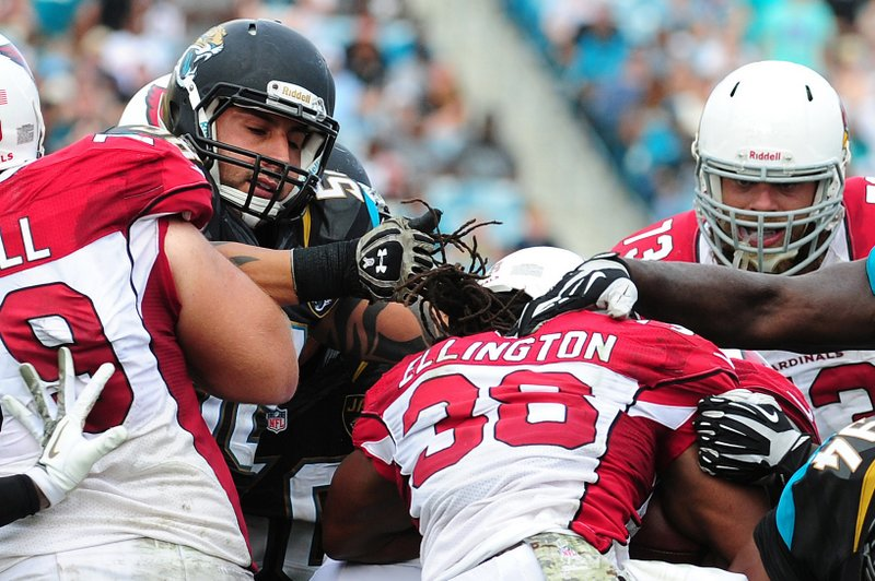 . <p><b> Colts at Cardinals (-2):</b> <p>Arizona running back Andre Ellington lost a chunk of his dreadlocks when they were pulled out by Jacksonville�s Jason Babin while making a tackle Sunday. The NFL has made it legal to pull on hair that falls outside the helmet because such tackles are so gosh darn entertaining. <p>Pick: <b>Colts by 3</b> <p>    (Scott Cunningham/Getty Images)