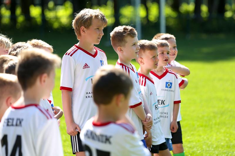 hsv_fussballschule-001_48047947626_o.jpg