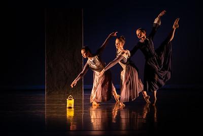 D917 Menlowe Ballet - Illume dress rehearsal