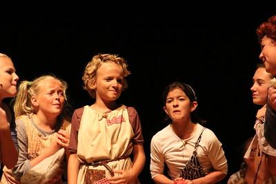 """""""Annie"""" production"""