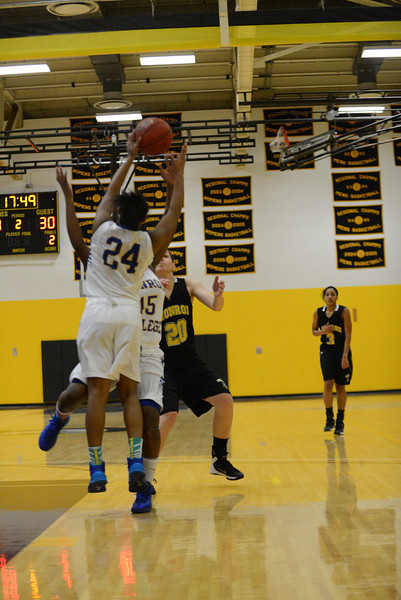 20131208_MCC Basketball_0245.JPG