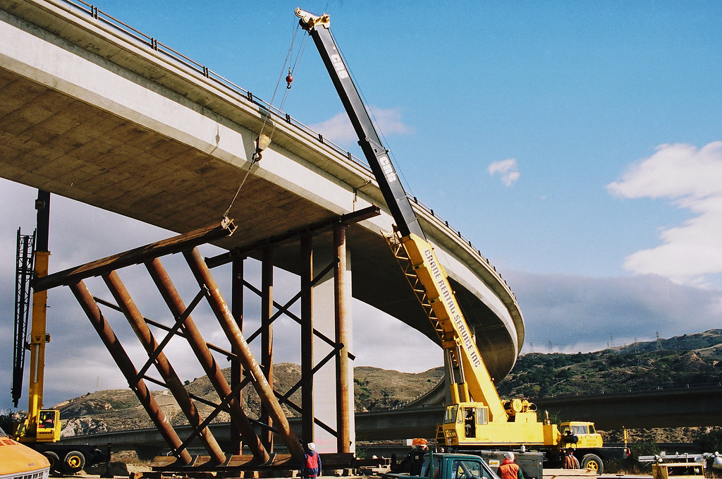 . A crane lifts a steel support under the Antelope Valley Freeway overpass at the Golden State Freeway.   Los Angeles Daily News file photo