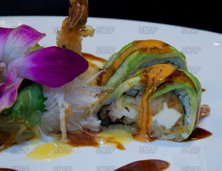 Special Dragon Roll - Closeup