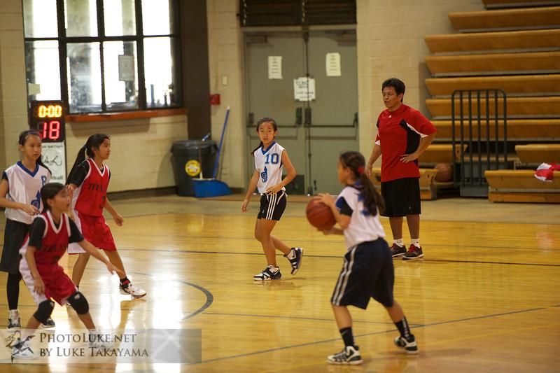 2012-01-15 at 15-22-17 Kristin's Basketball DSC_8052.jpg