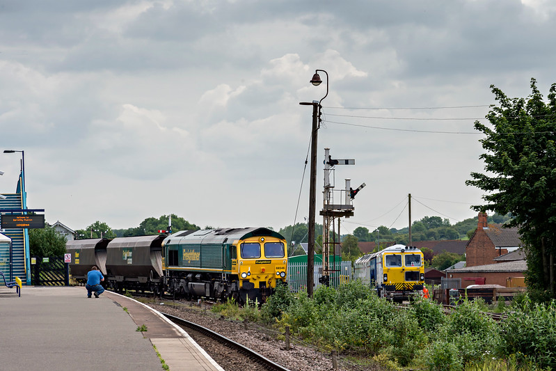 Freightliner 66546 heads into #2 reception siding at Barnetby