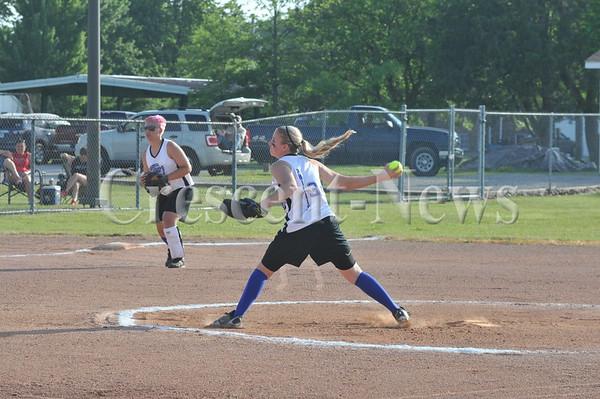 06-27-14 14 under girls Softball tourney in defiance