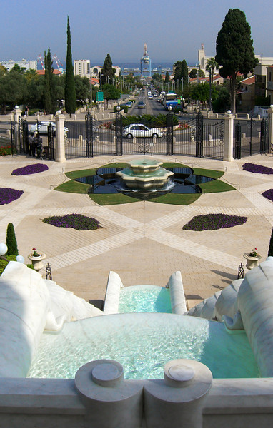 26-Baha'i Gardens, lower fountain, gate, and Sderot Ben Gurion, looking toward Haifa port.