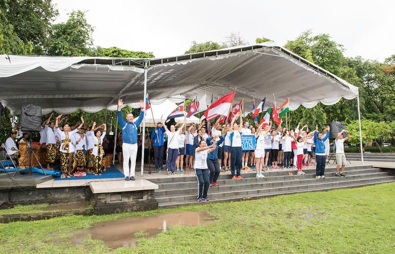 20170202_Peace Run Denpasar w_Mayor_146.jpg