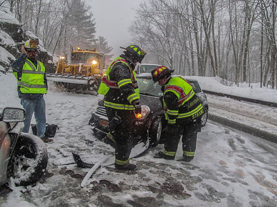 2-15-14 MVA With Injuries, Bear Mountain Bridge Road