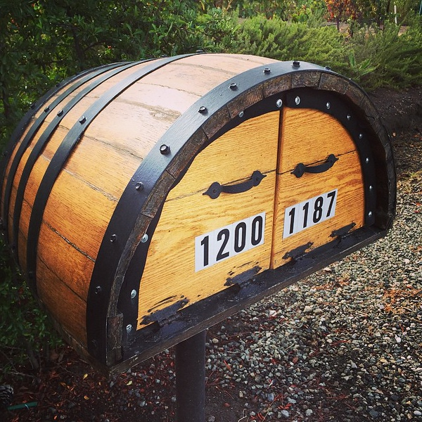 Napa Valley mailbox. Can you have one of these if you live where it snows like we do?!?