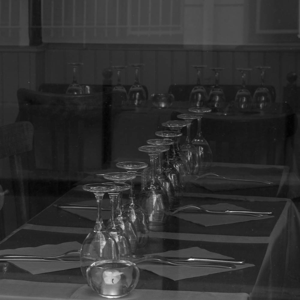 Restaurant table settings, Paris 11eme
