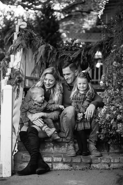 NOBLE FAMILY WINTER_BW35.jpg