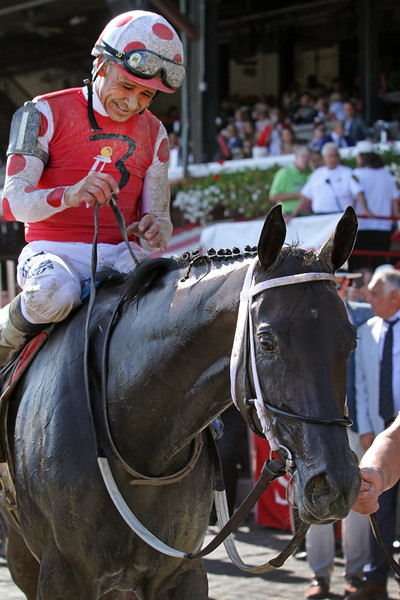 Midnight Bisou (Midnight Lute) and jockey Mike Smith win the Personal Ensign (Gr I) at Saratoga Racecourse 8/24/19. Trainer: Steve Asmussen. Owner: Bloom Racing Stable, Madaket Stables LLC, & Allen Racing LLC